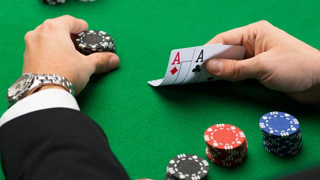 Play Gambling At Online Casino to play money gambling betting games