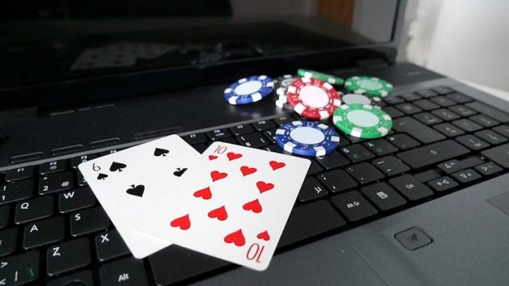 POKER ONLINE THAT MAKES YOU ADDICTED TO PLAYING IT