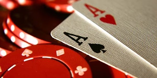 The Right Tricks Playing the Best Online IDN Poker To Win